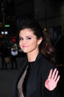 Selena Gomez arriving for an appearance on the Late Show with David Letterman  New York City, New York on 03/18/2013 of GomezSelena07_318_PI_SStar.jpg : Celebrity Photo Agency +1.323.469.2020 (c) Shooting Star Agency